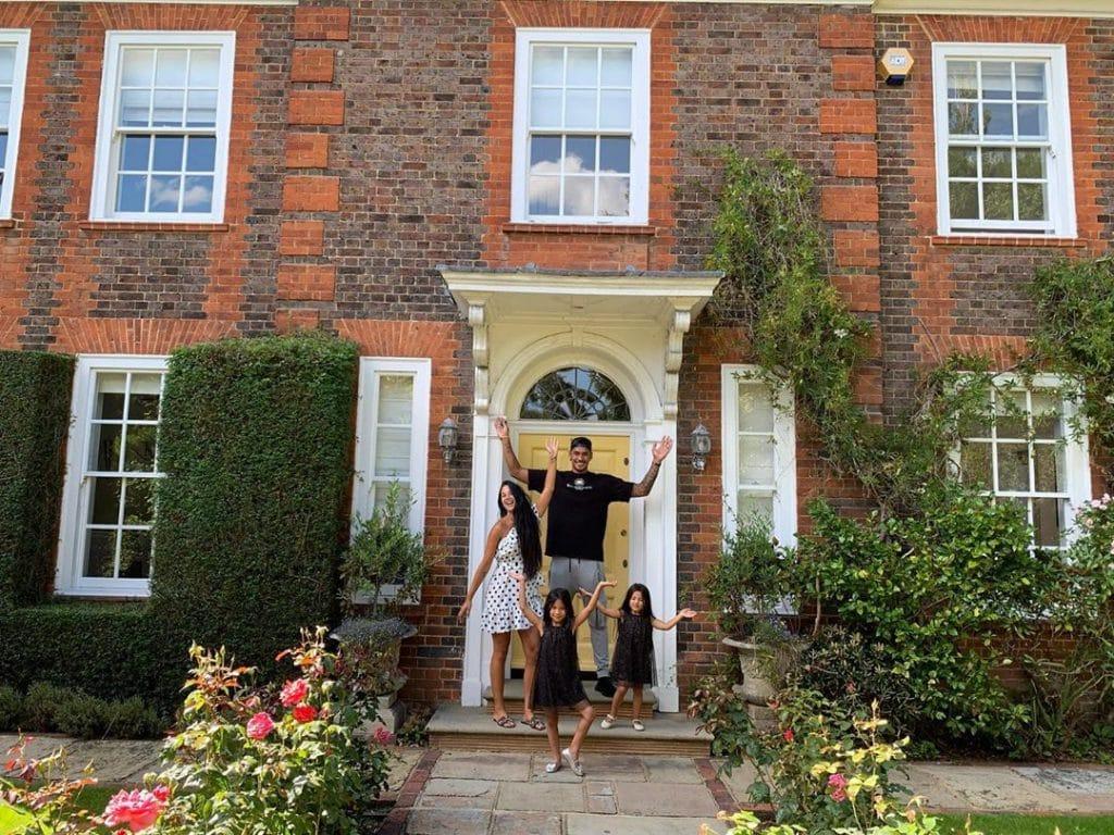 """""""อาเรโอล่า"""" ซื้อบ้านใน ลอนดอน จ่อซบเชลซี"""